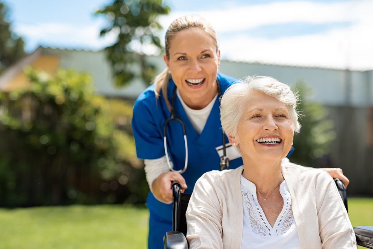 Helfende-Schwestern-Krankenpflegehelfer